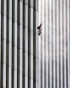 The Falling Man, Richard Drew (9:41:15 a.m, September 11, 2001)